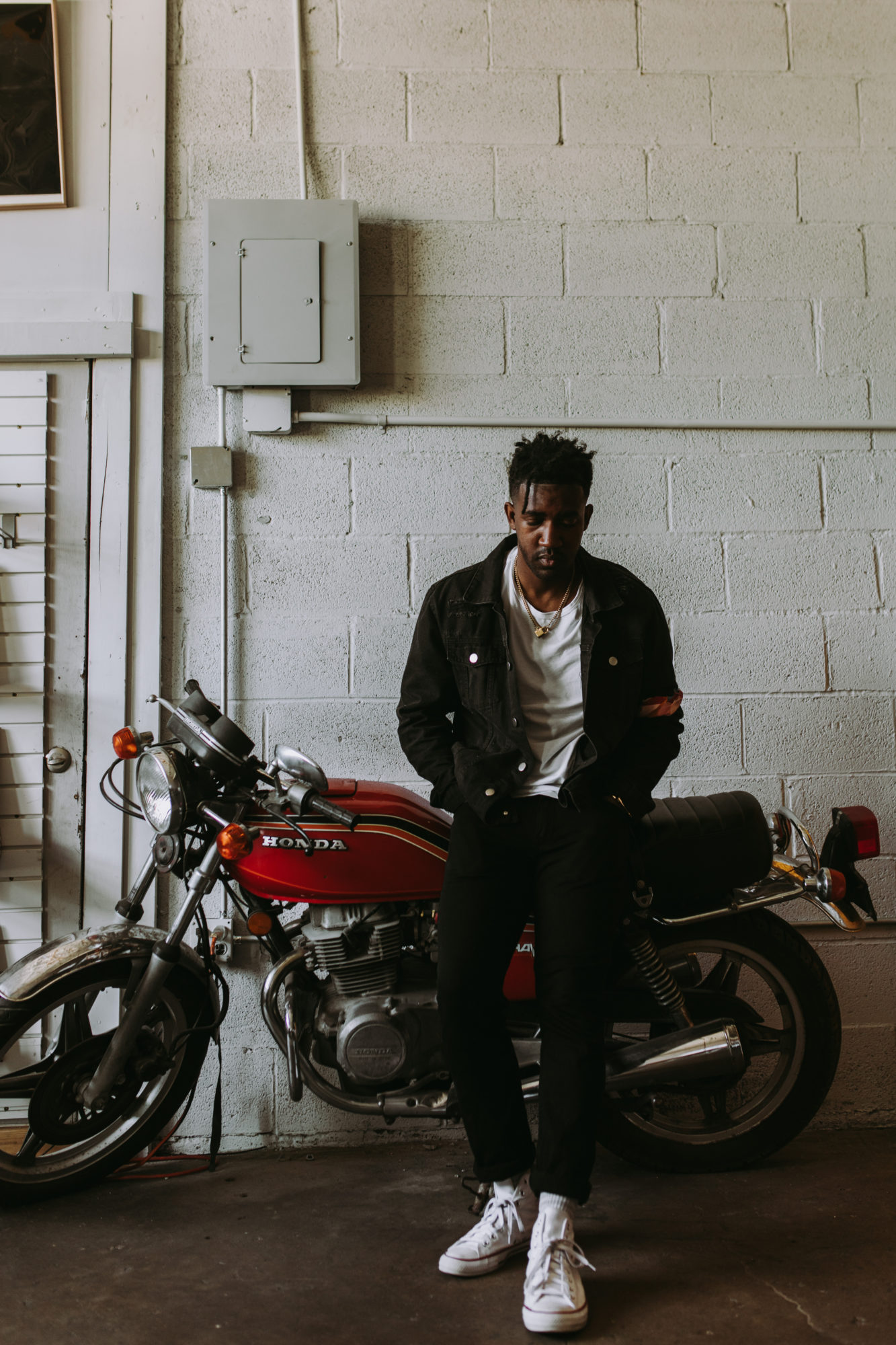 Jay Warren, local R&B singer-songwriter has a business plan that could trailblaze a path to mainstream success as an independent recording artist.